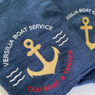 Asciugamani con ricamo